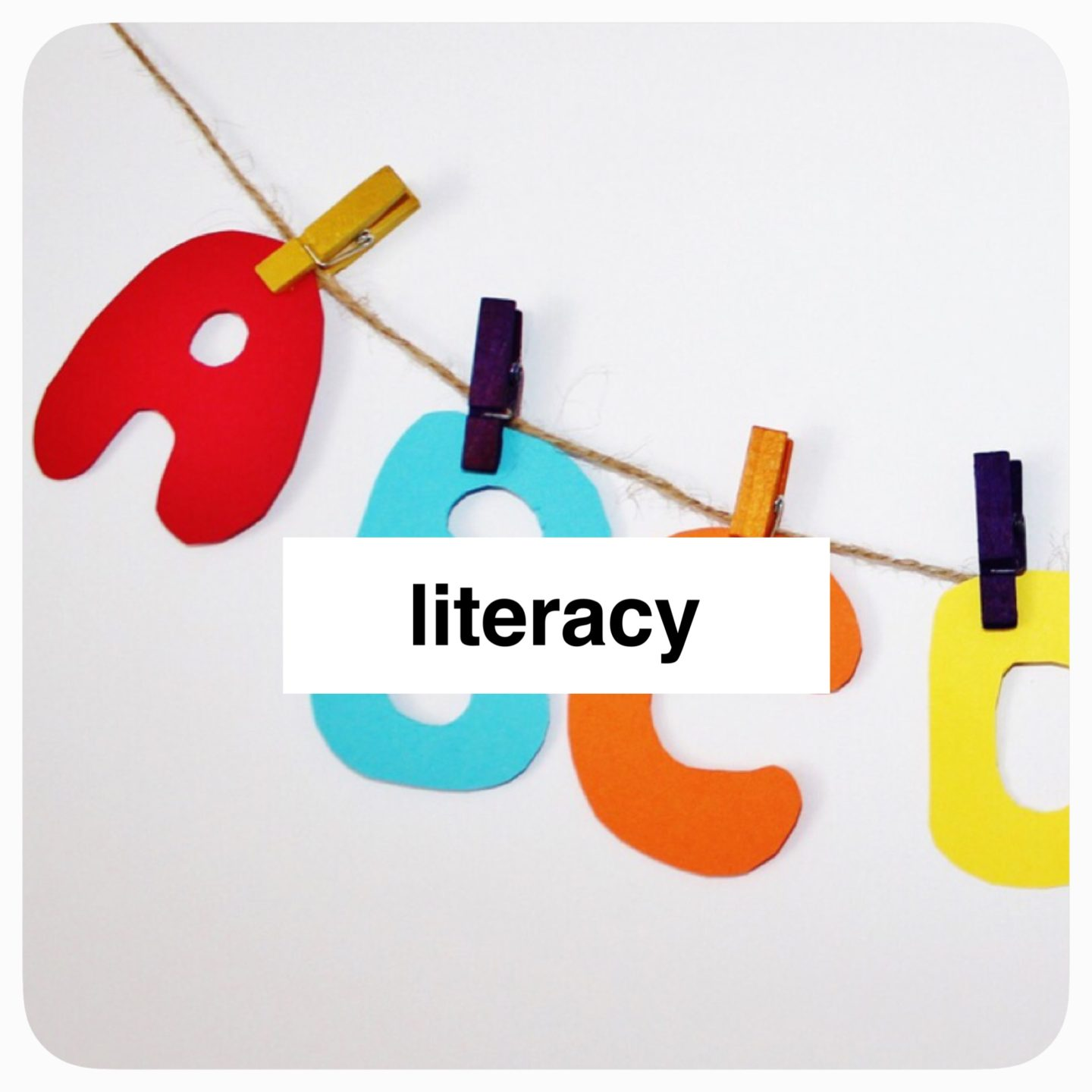 Literacy play from @how2playtoday