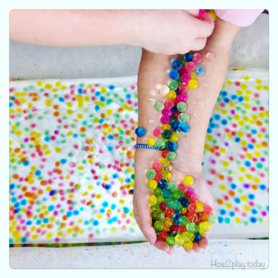Ways to play with water beads/ orbeezs/ gel balls.