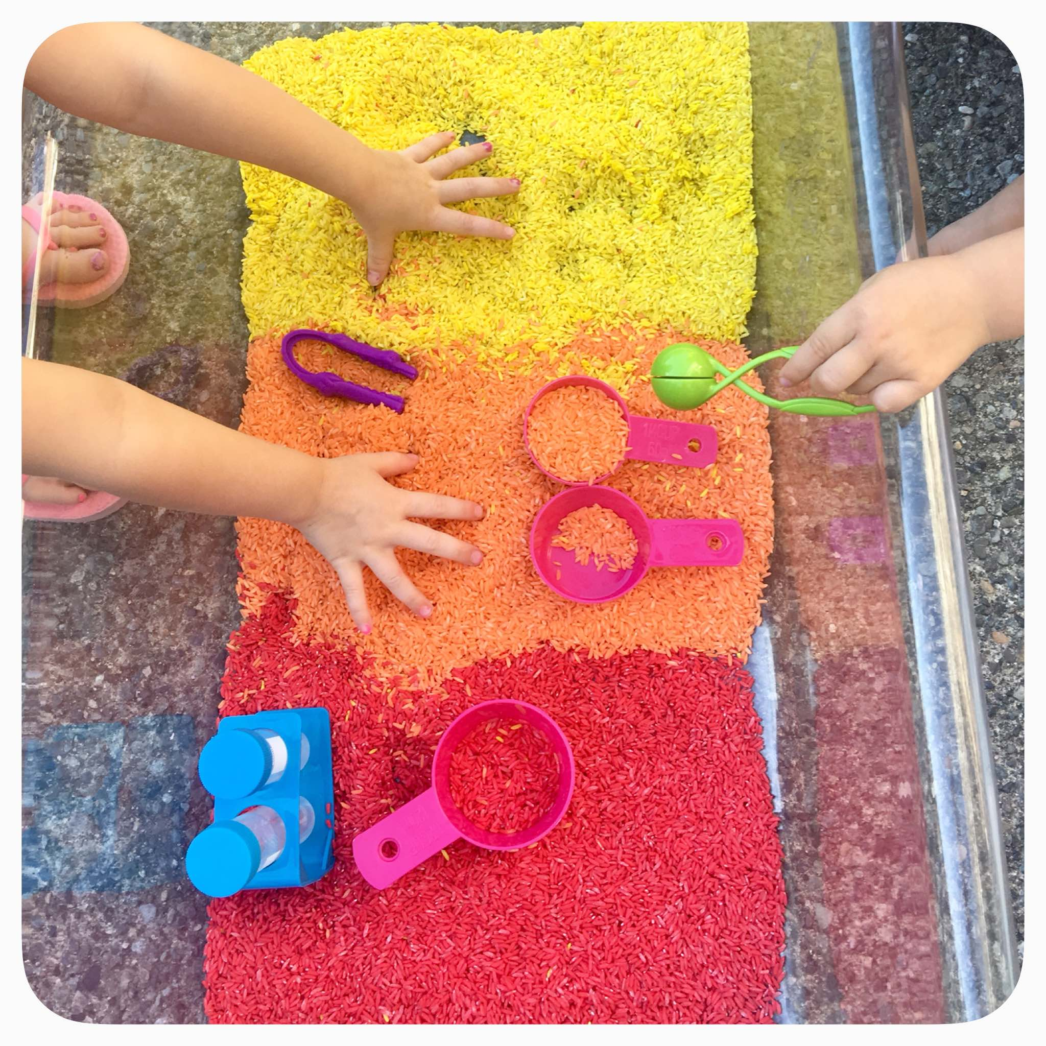 Fall Sensory Bin - Amazing how much play kids can get out of such simple sensory materials. Acrylic paints to dye the rice .