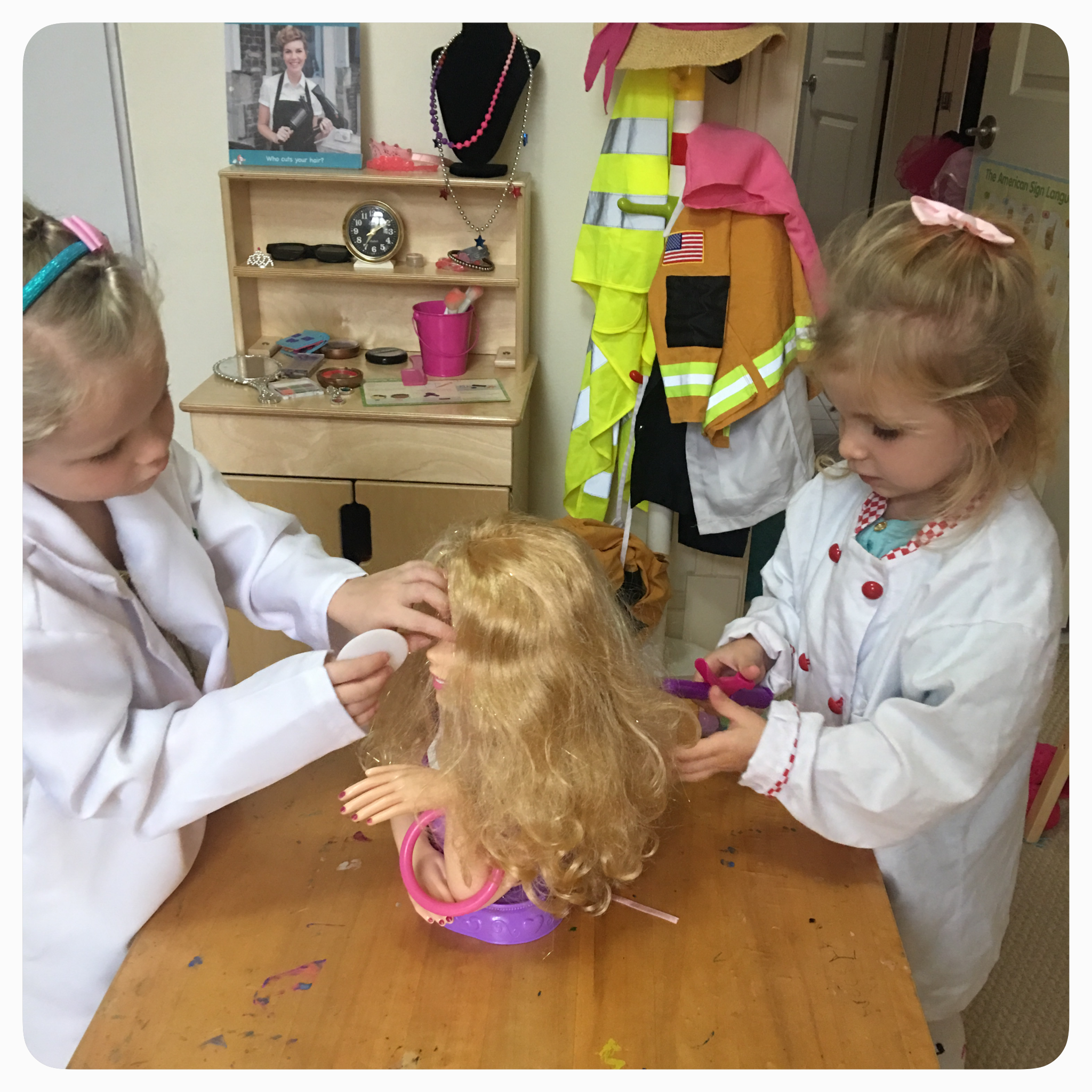 Beauty salon theme for your Dramatic Play center in preschool, pre-k, or early elementary school. Ideas for easy set-up, DIY makeup, hair styling.