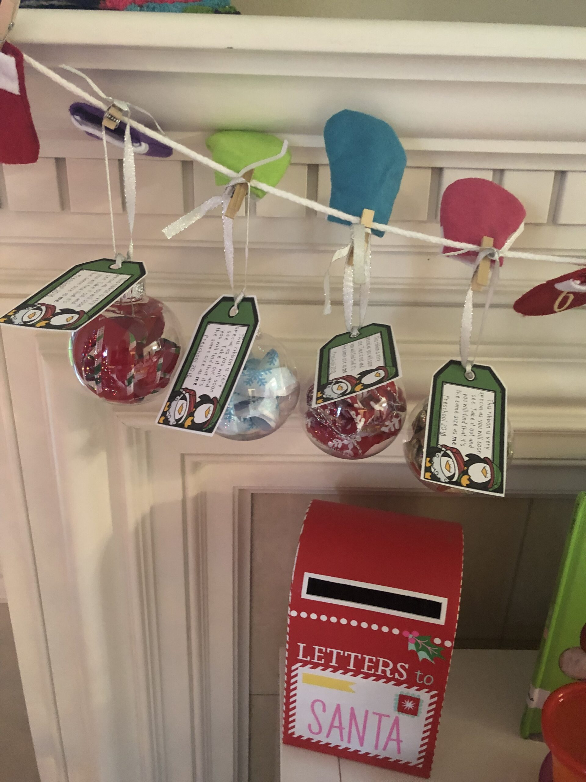 Want to make a sweet gift for Grandparents or as a school gift for families? Check out how to make these simple DIY ornaments!